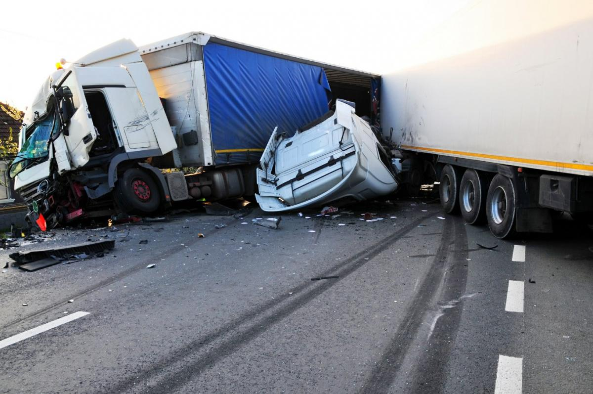 When To Get A Truck Accident Attorney & How?